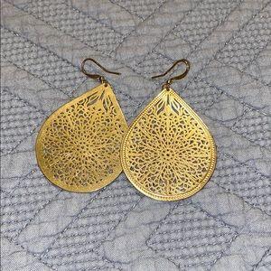 Dangley Earrings